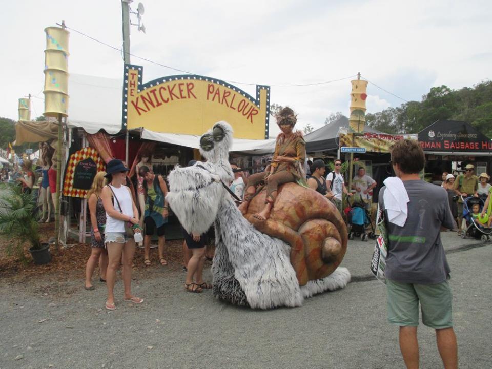 Woodford Folk Festival – I CleanLavatories